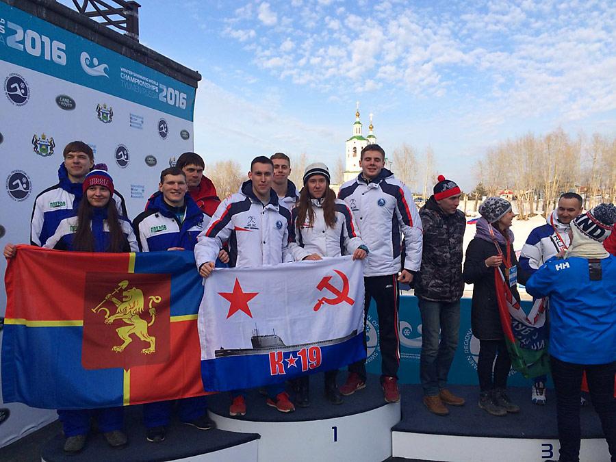 Новосибирские пловцы получили 17 золотых медалей