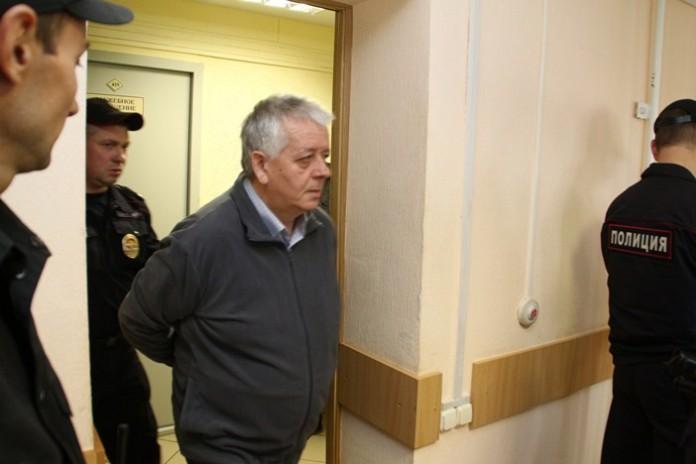 Миниатюра для: Экс-министру Омской области заменят реальный срок на условный