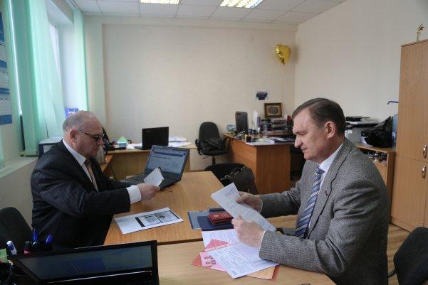 Миниатюра для: Сергей Дорофеев будет соперничать на праймериз с Субботиным и Каличенко