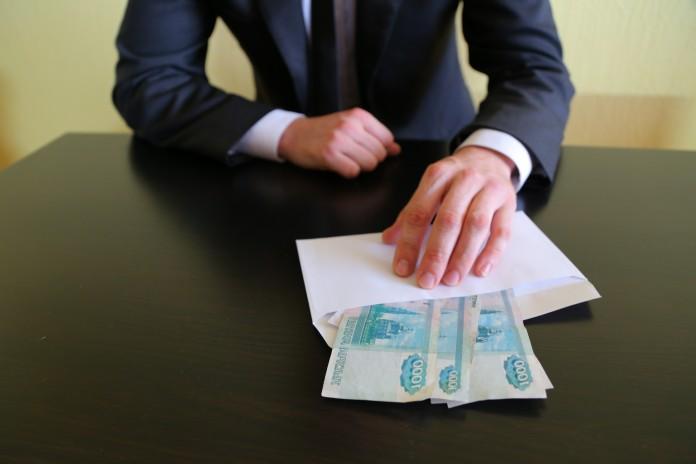 Миниатюра для: Условный срок получил экс-замначальника отдела Красноярской дирекции РЖД за взятку в 5,6 млн руб