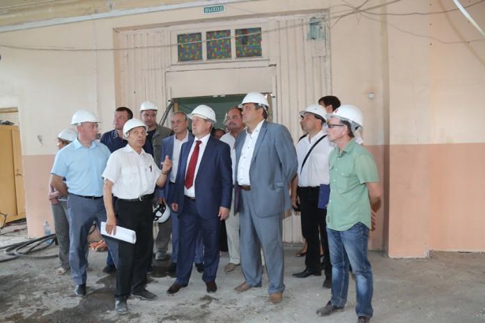 Миниатюра для: В Новосибирске строят и реконструируют четыре школы