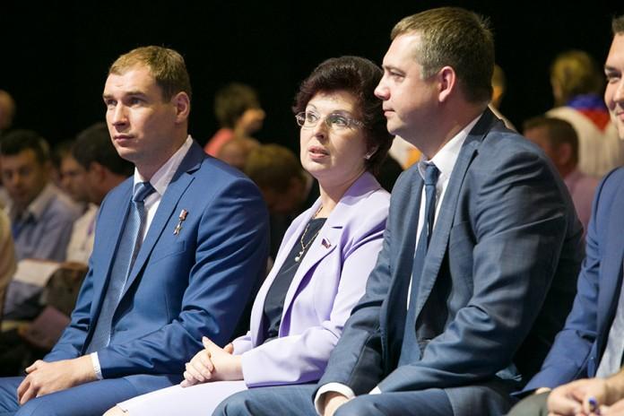 Необходимость «мобилизации» единороссов связана с необходимостью показать «достойные» для ЕР результаты думской кампании в областном центре. На фото