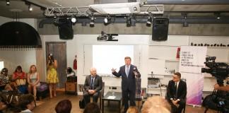 Анатолий Локоть встретился с представителями малого бизнеса Новосибирска. Фото Александра Аксенова