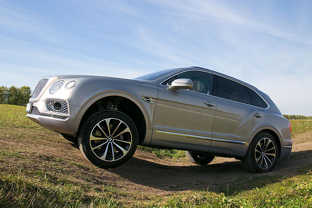 Bentley Bentayga на бездорожье
