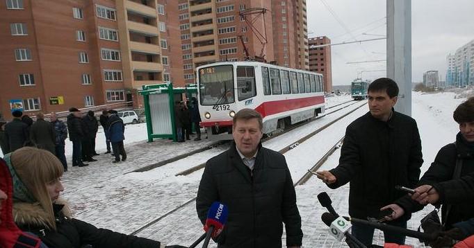 Фото со страницы Анатолия Локтя в facebook.com
