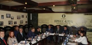 круглый стол, посвященный актуальным вопросам развития строительной отрасли