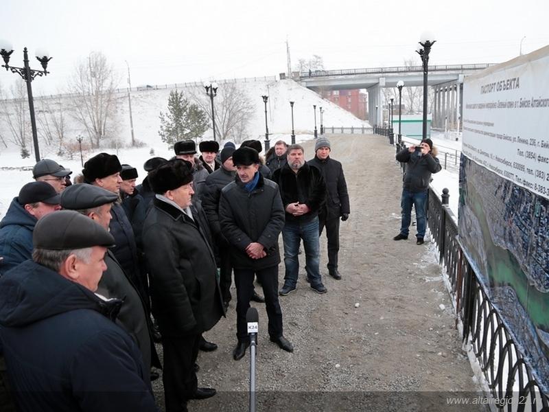 В Бийске завершено строительство дамбы за 450 млн руб