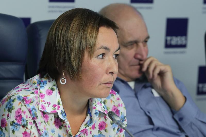 Ирина Травина предлагает резидентам обратиться к региональным властям с предложением купить Технопарка с предложением купить два процента акций Технопарка