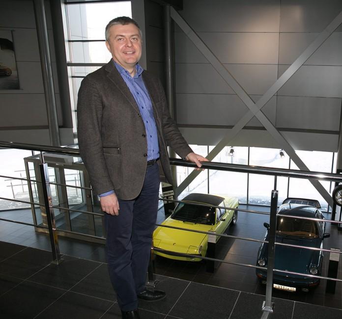 Миниатюра для: «Альт-Парк» стал новым официальным дилером Porsche в Новосибирске