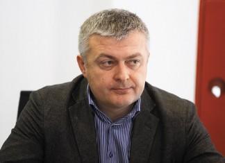 Очередная смена расстановки сил в новосибирском автобизнесе привела к тому, что рынок оказался в руках иногородних участников.