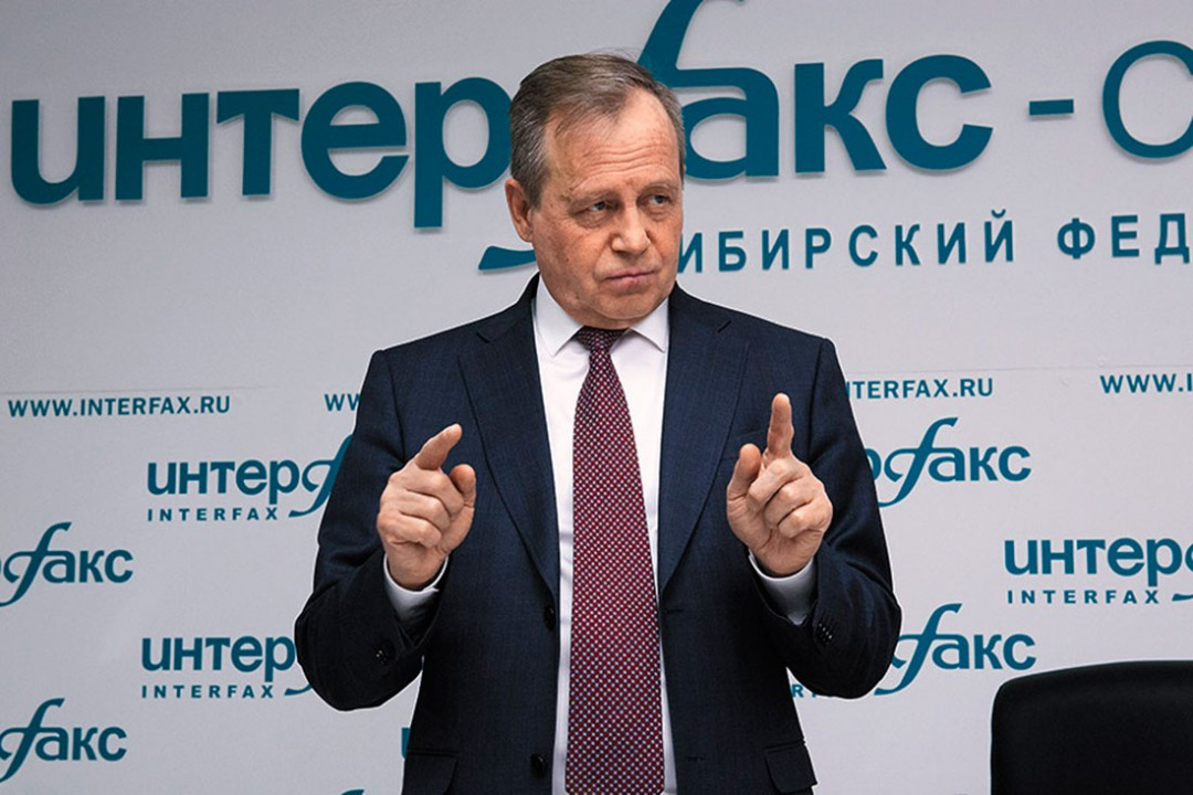 49_03_nikonov_1086