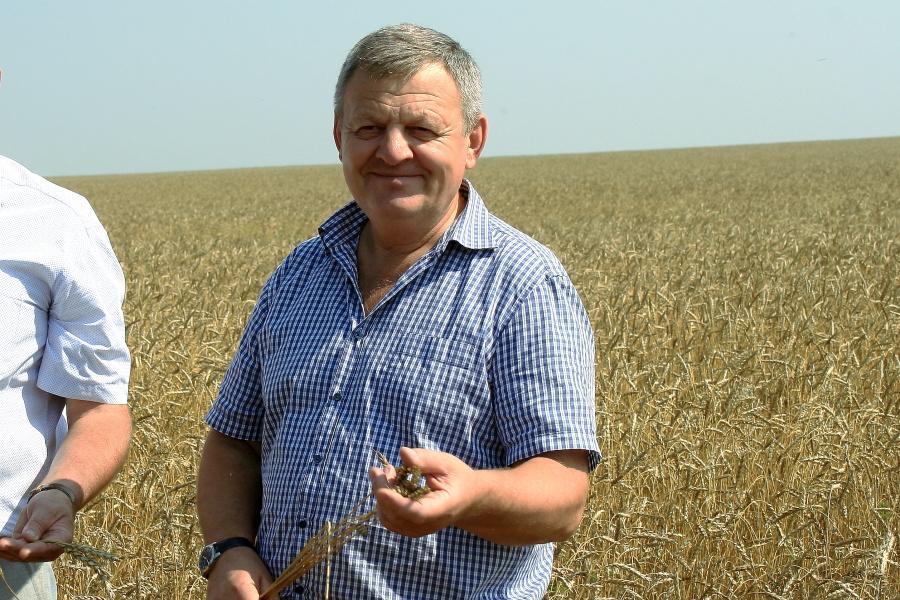 По мнению Василия Пронькина, землепашцев нужно превратить в земледельцев