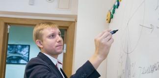 По мнению директора ГК «МегаКом» Дмитрия Кириллова, главным последствием сделки для новосибирского рынка в целом может быть перераспределение долей игроков на рынке