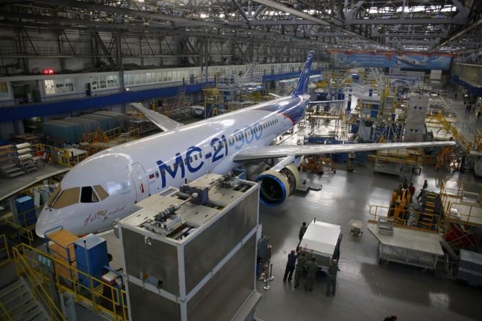 Миниатюра для: Первый полет лайнера МС-21 запланирован на март 2017 года