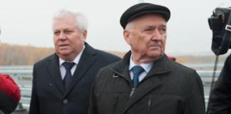 """Сергей Титов (слева) может сменить Альберта Кошкина (справа) на посту президента АО """"Сибмост"""""""