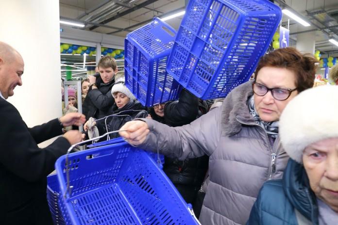 методика фото с открытия супермаркета лента в новосибирске также увидите водопад