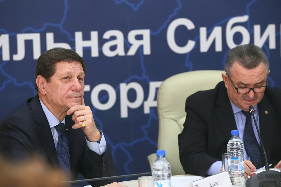 Александр Жуков и Валерий Ильенко (слева направо)