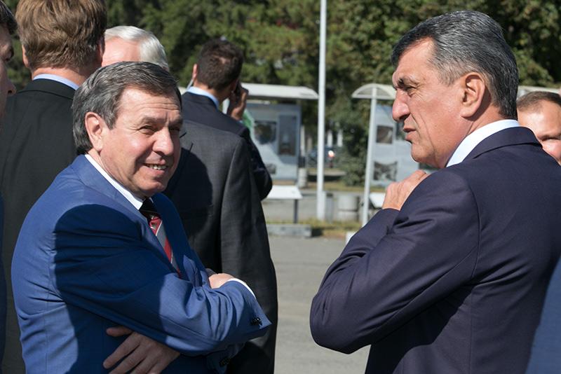 Сергей Меняйло и Владимир Городецкий справа налево)