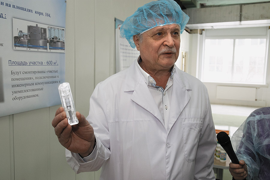 Генеральный директор АО «Вектор-БиАльгам» Леонид Никулин рассказал о текущих проектах и анонсировал подробности будущего производства