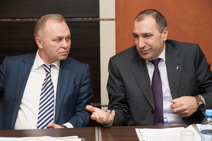 Владимир Знатков и Майсис Мамедов (слева направо)