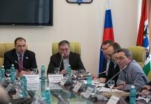 Майис Мамедов (крайний слева) и Евгений Покровский (второй слева) и Вадим Агеенко (крайний справа)