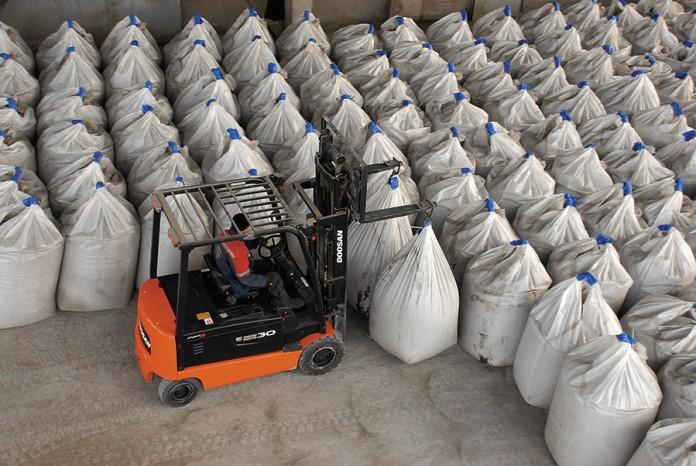 Миниатюра для: Цементный рынок дает трещину