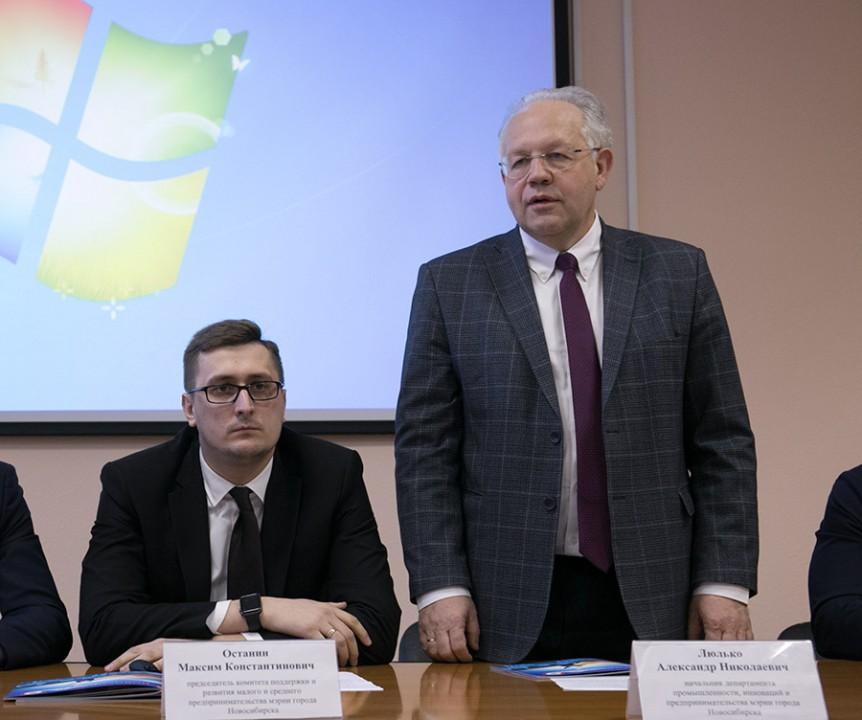 Александр Люлько и Максим Останин (справа налево)