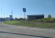 Недостроенный дилерский центр на Станционной обрел нового владельца. Фото автора