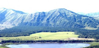 Озеро Манжерок расчистят почти за 73 млн рублей