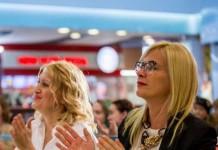 Марина Курносова и Анна Терешкова (слева направо) . Фото со страницы Анны Терешковой в facebook.com