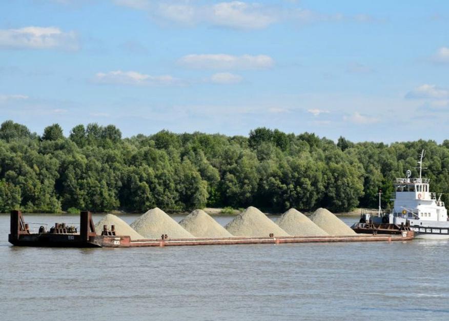 Неменее 60 млн руб. выделят наразвитие водного транспорта вАлтайском крае