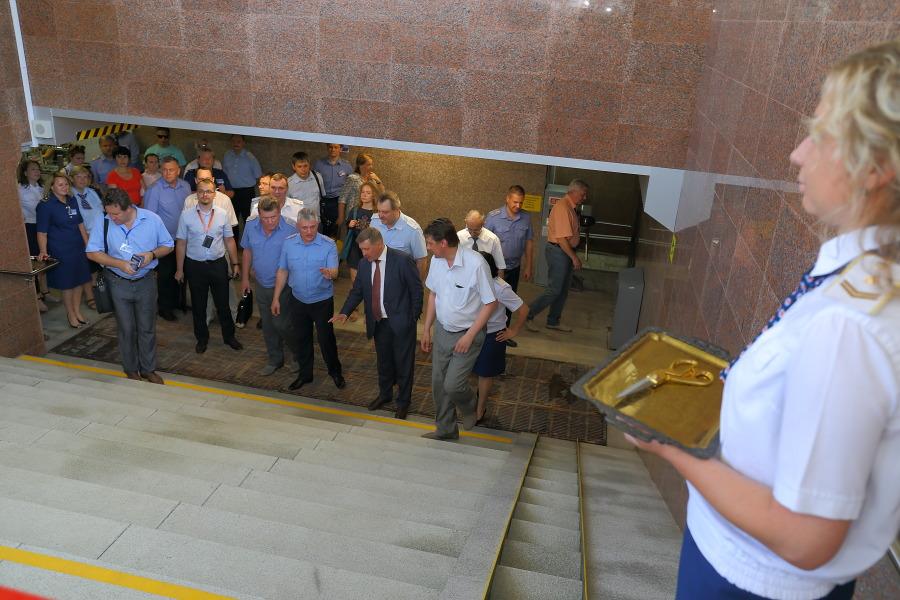 Обновленный вход в метро