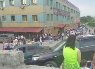 Из новосибирского миграционного центра эвакуировали людей