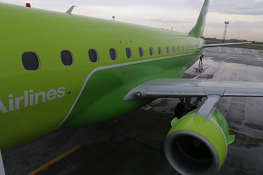Новый тип воздушного судна Embraer 170-LR в обновленной ливрее S7