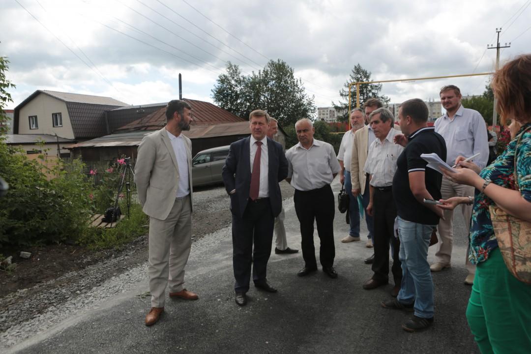 В Новосибирске отремонтирована половина из запланированных дорог частного сектора