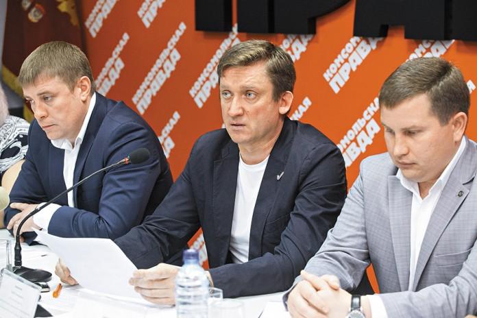 Миниатюра для: Кто занимается масштабным переделом рынка  управляющих компаний в Новосибирске?