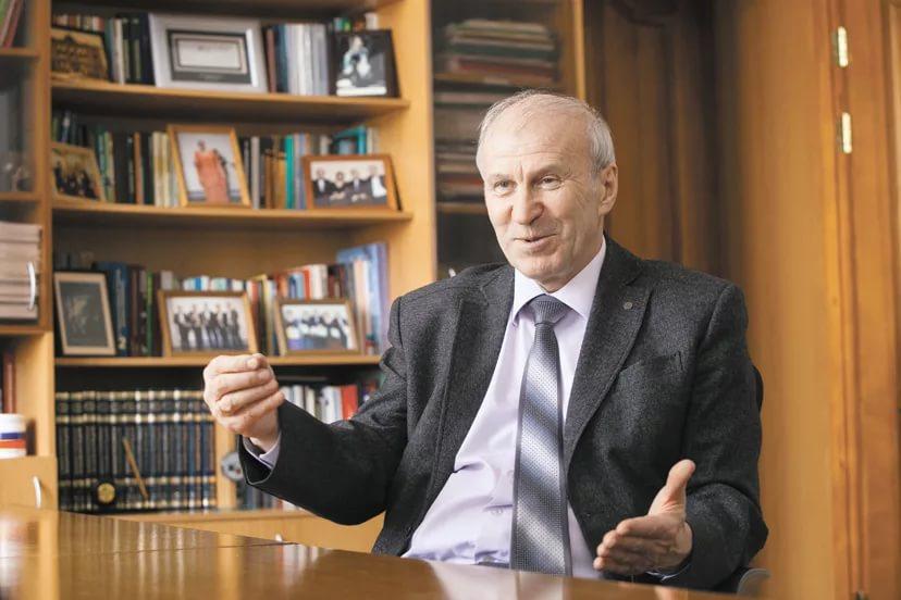 У Сергея Алексеенко (на фото) сохраняются шансы избрания на пост главы СО РАН
