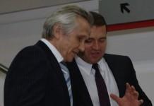 Группа компаний «МАКС Моторс» Владимира Сафронова (на переднем плане) решила производить запчасти в Линево