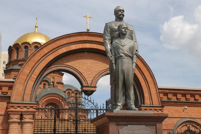 Миниатюра для: Мэр Новосибирска против радикальных решений, связанных с установкой и сносом памятников