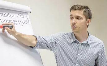 Основатель «Квест-Хаус» Евгений Гришаков решил объединить свою сеть с более крупным игроком