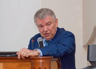 Валентин Пармон