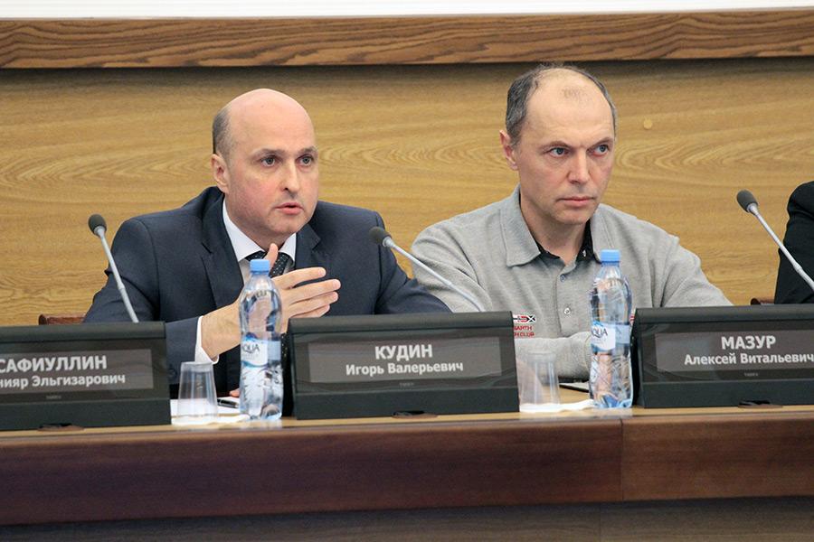 В Новосибирске платные парковки введут без инвестора