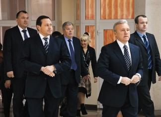 мэр Красноярска Эдхам Акбулатов отказался от борьбы за второй срок