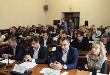 Представители мэрии Новосибирска отчитались перед депутатами о реализации программы «Безопасные и качественные дороги»