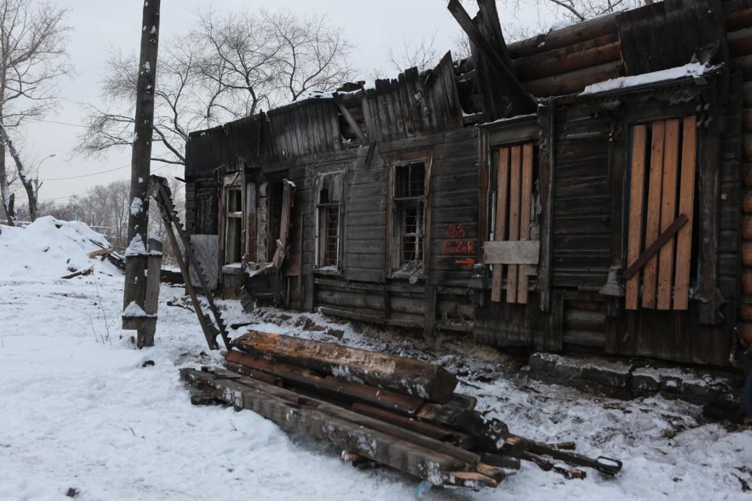 В таком состоянии находится старейшее здание Новосибирска. Фото пресс-центра мэрии Новосибирска
