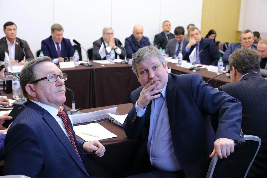 Эксперты обсудили мартовские выборы президента РФ