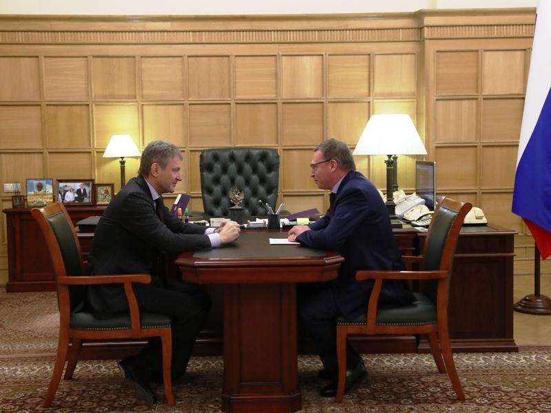 Александр Бурков просил увеличить льготный предел  вывоза омского зерна