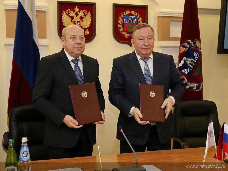 ОАО«РЖД» и руководство Алтайского края подписали соглашение овзаимодействии исотрудничестве
