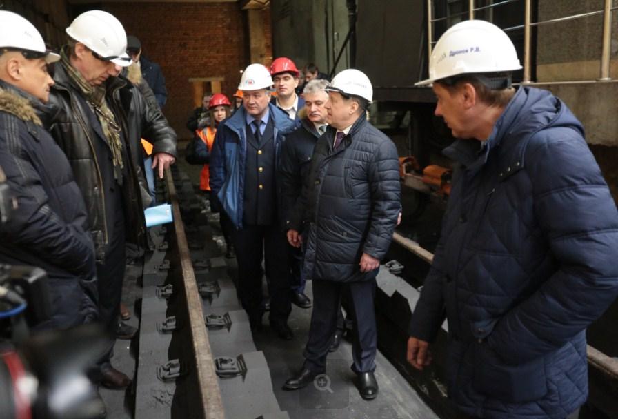 Локоть пообещал начать проекты 2-х станций метро втекущем году