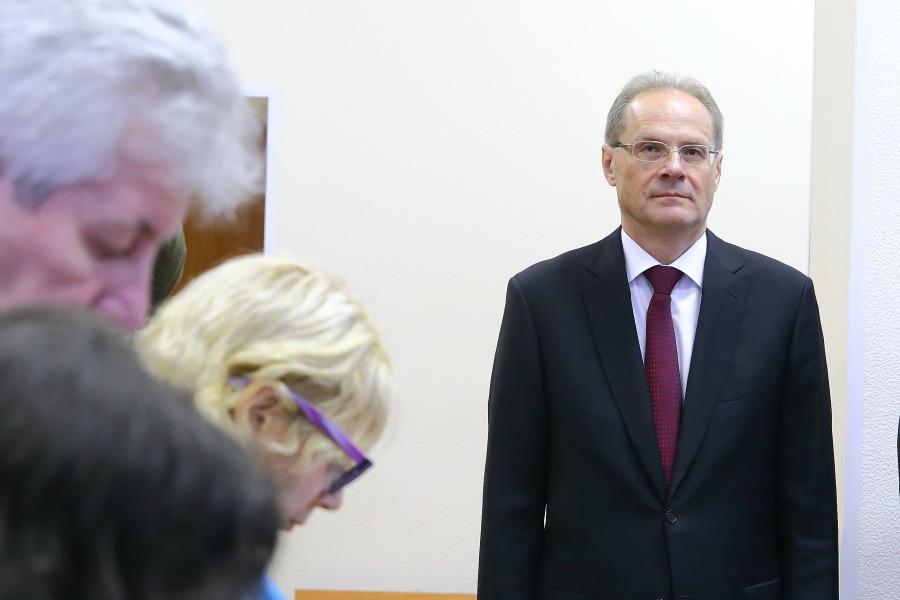 Вердикт новосибирскому экс-губернатору Юрченко оставлен всиле